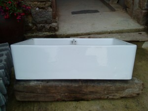 kitchen sink front